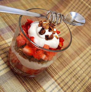 Copie de Trigle léger fraises granola (11)