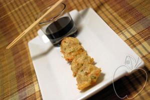 Demi sphères de crevettes sauce en aigre doux (8)