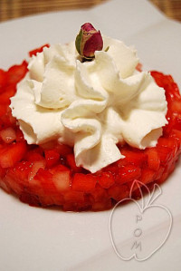 Tartar de fresas y chantilly de rosa (2)