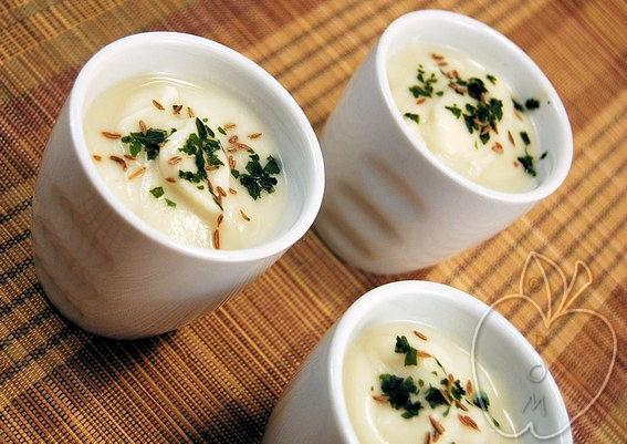 Crema de coliflor y leche de coco (6)