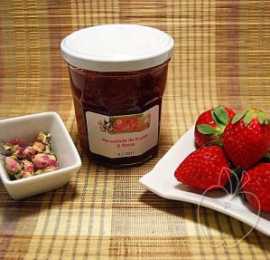 Mermelada de fresas y rosas (7)