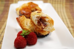 Croissants de jamón de pato y mermelada de frambuesa (22)