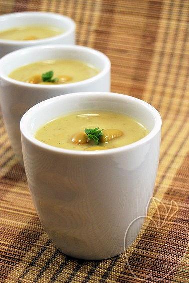 Crema helada de calabacín y edamame (4)