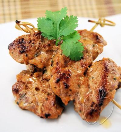 Brochetas de solomillo de cerdo marinado en mezcal (12)