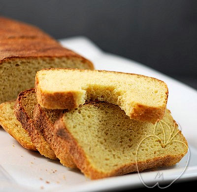 Pan de harina de maíz integral y masa madre (5)